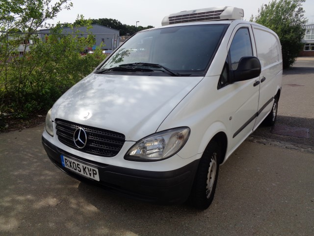 2005 05 REG MERCEDES VITO 109CDI REFRIGERATED VAN P/X TO CLEAR